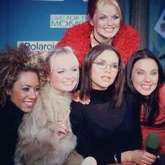 """""""Spice Girls at the Polaroid Launch in London on October ✌🏼️🇬🇧📷 Pop Group, Girl Group, David Sinclair, Union Jack Dress, Victoria Beckham Outfits, Emma Bunton, Geri Halliwell, British Invasion, Youth Culture"""