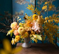 e p h e m e r a flowers by Nicole Absher Monochromatic Floral Arrangement of Locust Foliage Yellow Dahlia Peach Peony Yellow Ranunculus Baroque Dutch Masters Painterly Flowers Van Gogh Pedestal Vase Tabletop Centerpiece Still Life