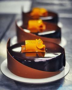 A great picture of #sachercake orange mandarine from chocolate course in @conditoria last week. Today work in #Almaty .