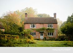 Walnuts Farm – Nick & Bella – the rustic shoot location house English Country Cottages, English Countryside, Country Houses, Beautiful Houses Interior, Beautiful Homes, Victorian Farmhouse, Cottage Exterior, English House, Cottage Homes