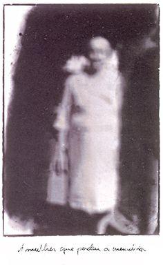 A mulher que perdeu a memória / Rosângela Rennó