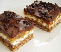 Reteta Prajitura cu ciocolata alba si nuci caramelizate - Prajituri