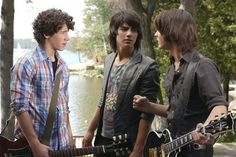 this is all I want to pin right now. Jonas Jonas Jonas. don't talk to me :{ you can't break up a band of brothers