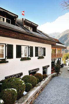 Haushirt – Salzburgerland, Austria stay in Austria with 1BB www.1bb.com