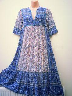Vintage indian cotton gauze hippie boho by Beyondthevintage Vintage Dresses 50s, Vintage Style Outfits, 60s Dresses, Vintage Clothing, Stunning Dresses, Beautiful Outfits, Beautiful Clothes, Boho Fashion, Girl Fashion