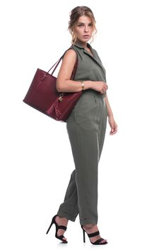 Designed to go anywhere, the Desireè tote boasts everyday appeal in an exclusive silhouette crafted from grained leather. Red Tote Bag, Inspire, Leather, Bags, Design, Red Handbag, Purses, Taschen