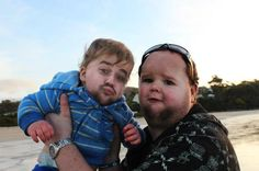These Face Swaps Are Hilarious And Terrifying At The Same Time - http://www.creepyglobe.com/creepy/these-face-swaps-are-hilarious-and-terrifying-at-the-same-time/