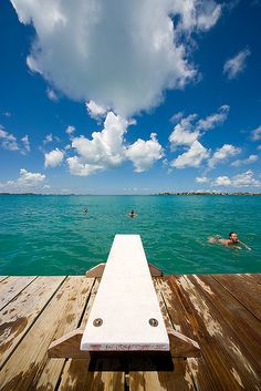 #swim, Bermuda     -   http://vacationtravelogue.com Best Search Engine For Hotels-Flights Bookings   - http://wp.me/p291tj-9w