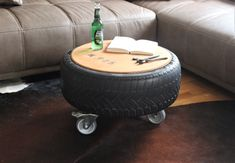 Heißer Reifen Couchtisch Beistelltisch Loft Style Decorating A New Home, Decorating On A Budget, Guy Dorm, Bedroom Ideas Pinterest, Home Decor Rustic Country, Used Tires, Industrial, Loft Style, Decorate Your Room