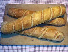 Baguette Rezept: Baguettes wie vom Bäcker ganz einfach selber backen