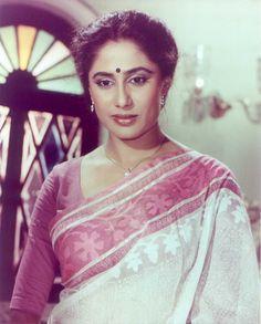 Vintage Bollywood, Indian Bollywood, Bollywood Stars, Beautiful Bollywood Actress, Most Beautiful Indian Actress, Beautiful Actresses, Beautiful Ladies, Pakistani Actress, Indian Film Actress