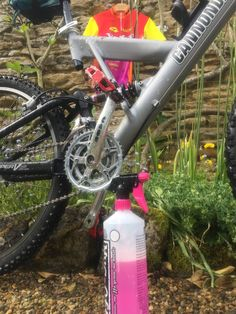 Muc-Off Mountain bike sex bugs rock and roll Cannondale