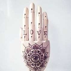 Put my heart and soul in this awesome project. Look at da details!  #wooden #hand #pyrography #etsy #love #woodburning #burning #mandala #eye #flower #love #script #artwork #art #instagood #handcrafted #tattoo #design #tattoodesign #lettering #sick #handtattoo #details #oldschool #dotwork #pretty #awesome #project #craft #handmade #annesomething