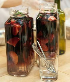 Летняя сангрия - пошаговый рецепт с фото: Фруктовая сангрия идеальный напиток для летнего вечера. Всего 15 минут и можно наслаждаться. А рецепт от испанского шеф-повара! - Леди Mail.Ru