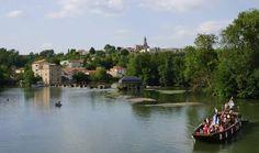 """Saint-Simeux, village labellisé """"de pierres et de vignes """" en Charente (16)… et la gabarre de Saint-Simon pour une balade commentée"""