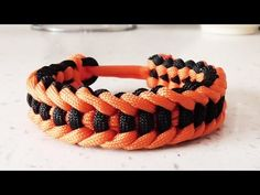 How To Make The Jagged Ladder Paracord Survival Bracelet Without Buckle - YouTube