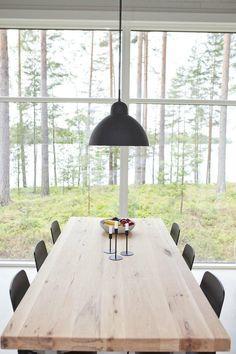 Linjakas kesähuvila Sysmässä is part of Modern barn house - Cottage Garden Plan, Cottage Garden Design, Cottage Gardens, Unique Cottages, Inside A House, Modern Barn House, World Decor, Scandinavian Home, Log Homes