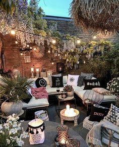 Patio Style– Expanding Your Residence Outdoors – Outdoor Patio Decor Small Backyard Patio, Backyard Patio Designs, Backyard Ideas, Backyard Landscaping, Patio Ideas, Backyard Pools, Balcony Ideas, Balcony Garden, Boho Garden Ideas