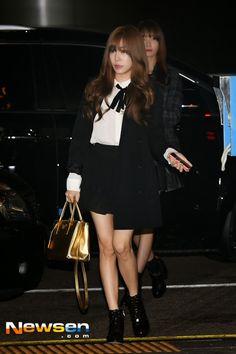 [141017] Tiffany at Incheon Airport To Shanghai China