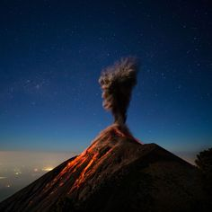 Photographer Captures Dramatic Images of Erupting Volcano