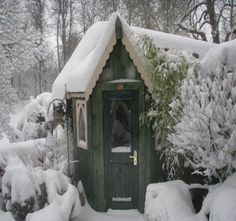 pictures of cute garden sheds | Cute little cottages/playhouses/garden sheds / still