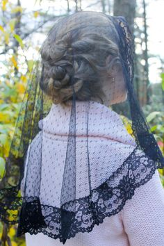 Spanish Lace Dotted Black Lace Mantilla Chapel Veil Latin Mass (Option: Cr…