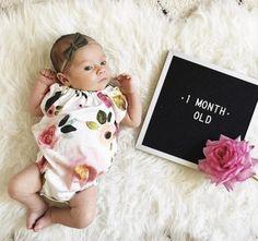 Monthly Baby Photos, Baby Boy Photos, Newborn Pictures, Baby Pictures, Baby Photo Collages, 1 Month Old Baby, January Baby, Milestone Pictures, Baby Olivia