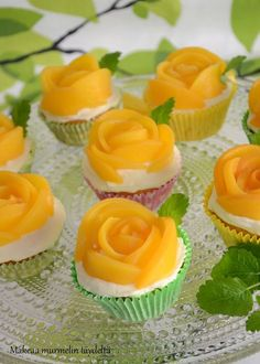 Yummy Treats, Yummy Food, Tasty, Baking Recipes, Cake Recipes, Peach Muffins, Finnish Recipes, Cupcakes, Everyday Food