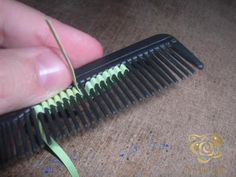 making leaves on a comb mc
