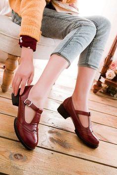 Vintage T-strap Pumps In Burgundy Oxford Shoes Heels, Low Heel Shoes, Low Heels, Oxfords, T Strap Pumps, T Strap Shoes, Sock Shoes, Cute Shoes, Shoe Boots