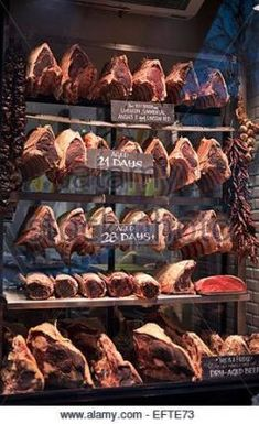Best ideas for meat design butcher shop Meat Sauce Recipes, Meat Loaf Recipe Easy, Easy Meat Recipes, Carne Asada, Meat Cooking Temperatures, Churros, Oatmeal Dessert, Dry Aged Beef, Gourmet