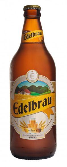 Cerveja Edelbrau Weiss, estilo German Weizen, produzida por Cervejaria Edelbrau, Brasil. 4.8% ABV de álcool.