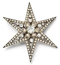 Star brooch Cartier Paris, 1889 Yellow gold, silver, round old- and rose-cut diamonds  4.8 x 4.15 cm