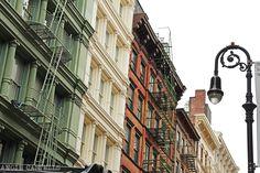 La guía más completa para planificar un viaje a Nueva York. Recomendaciones, transporte, turismo y mucho más. World Trade Center, East River, Empire State Building, New York 2017, Nyc Christmas, New York City Travel, Ny Ny, Skyline, Places To Go