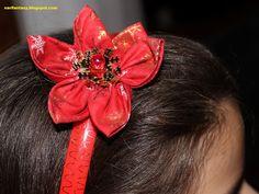 Nari Fantasy: Cerchietti per capelli con fiori in tessuto.