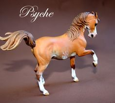 Ophir resin sculpted & painted by Deborah McDermott. Breyer Horses, Arabian Horses, Horse World, Horse Sculpture, Anatomy Reference, Equine Art, Horse Art, Models, Beautiful Babies
