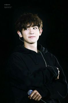 Channieee smiling and awww the hair and the aw eyes cute puppy protect ok bye