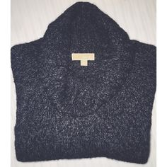 ⭐️SALE⭐️ Michael Kors Knit Poncho Super comfortable knit poncho with cowl neck➖minor pilling of fabric on bottom as seen in picture➖➖please use offer button 〰OR〰 I will discount the price for serious buyers to receive discounted shipping ✖️I DO NOT TRADE✖️ MICHAEL Michael Kors Sweaters Shrugs & Ponchos