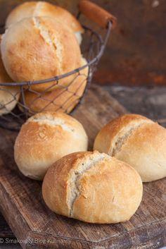 Bułki pszenne na podmłodzie Bread Recipes, Whole Food Recipes, Cooking Recipes, Bread Bun, Bread Rolls, Buttermilk Bread, Bakers Gonna Bake, Aesthetic Food, Bread Baking