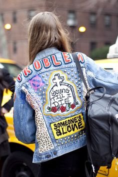 http://thecoolcollector.net/diy/trend-alert-costumised-vintage-jackets/#