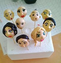 How to make gum paste Faces for figures