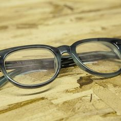 8256fbc173 How to Clean Plastic Eyeglass Frames