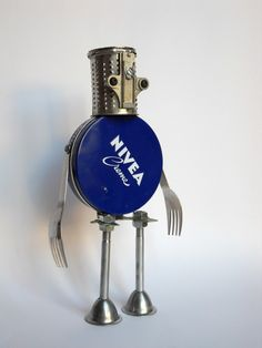 Metal boxes recycled in robots, here is Nivea Robot :)