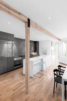 Materials uncovered during the renovation of this early-20th-century apartment in Montreal have been used to add texture to the space » More
