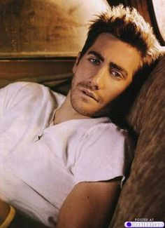 eye candy jake gyllenhaal 10 Afternoon eye candy: Jake Gyllenhaal (22 photos)