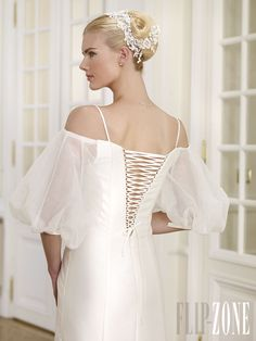 Bridal Closet, Beautiful Bride, Bridal Hair, Wedding Styles, Marie, Ready To Wear, Dress Up, Cold Shoulder Dress, Handsome