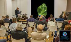 A assistência ouviu interessadamente Francisco Borba. Foto de Fernando Pinho.  Obrigado a ambos. Foi em Setúbal, Novembro de 2016