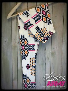 http://leggingarmy.com/#Cindyallen1234 love army leggings fleece leggings bright and cute designs great for Ohio cold weather