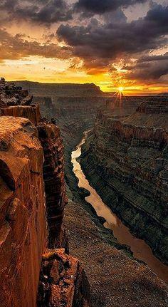 Sunrise at Toroweap Point In Grand Canyon, Arizona, U.S