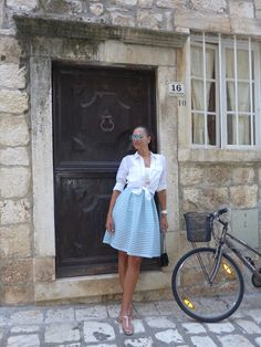 Las sonrisas de Hvar #Croacia #vacations #summer #inlove #ride #skirt #blouse #Topshop #shades #Dior #purse #Chanel #sandals #Gucci #watch #Bell&Ross #lifestyleblogger #fashionblogger #moalmada
